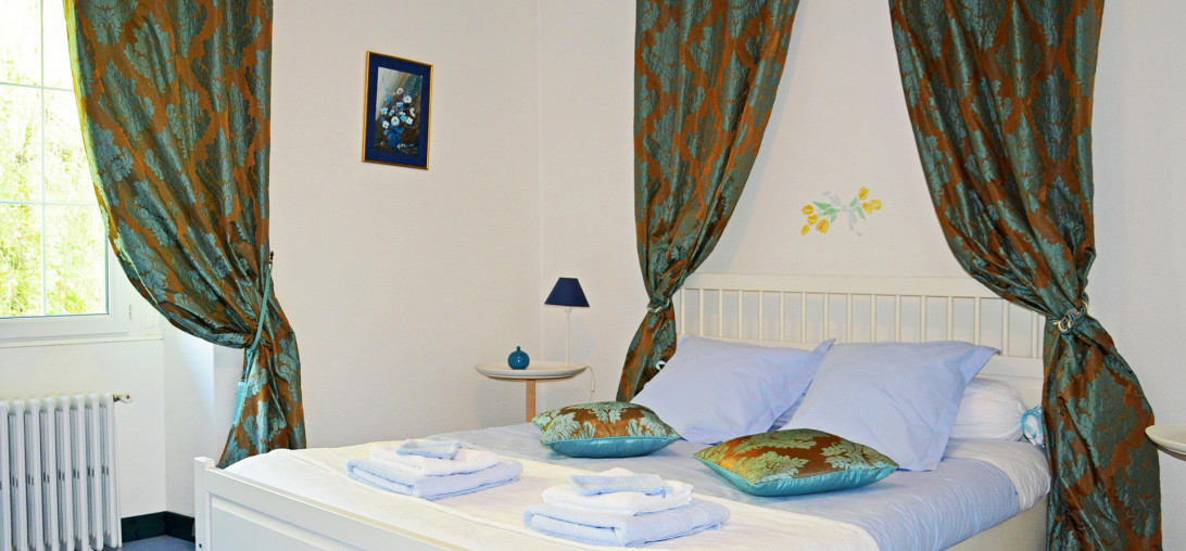 Forges d'enfalits - chambres d'hôtes en Ariège - Chambre Myrtille - 1920p n°4