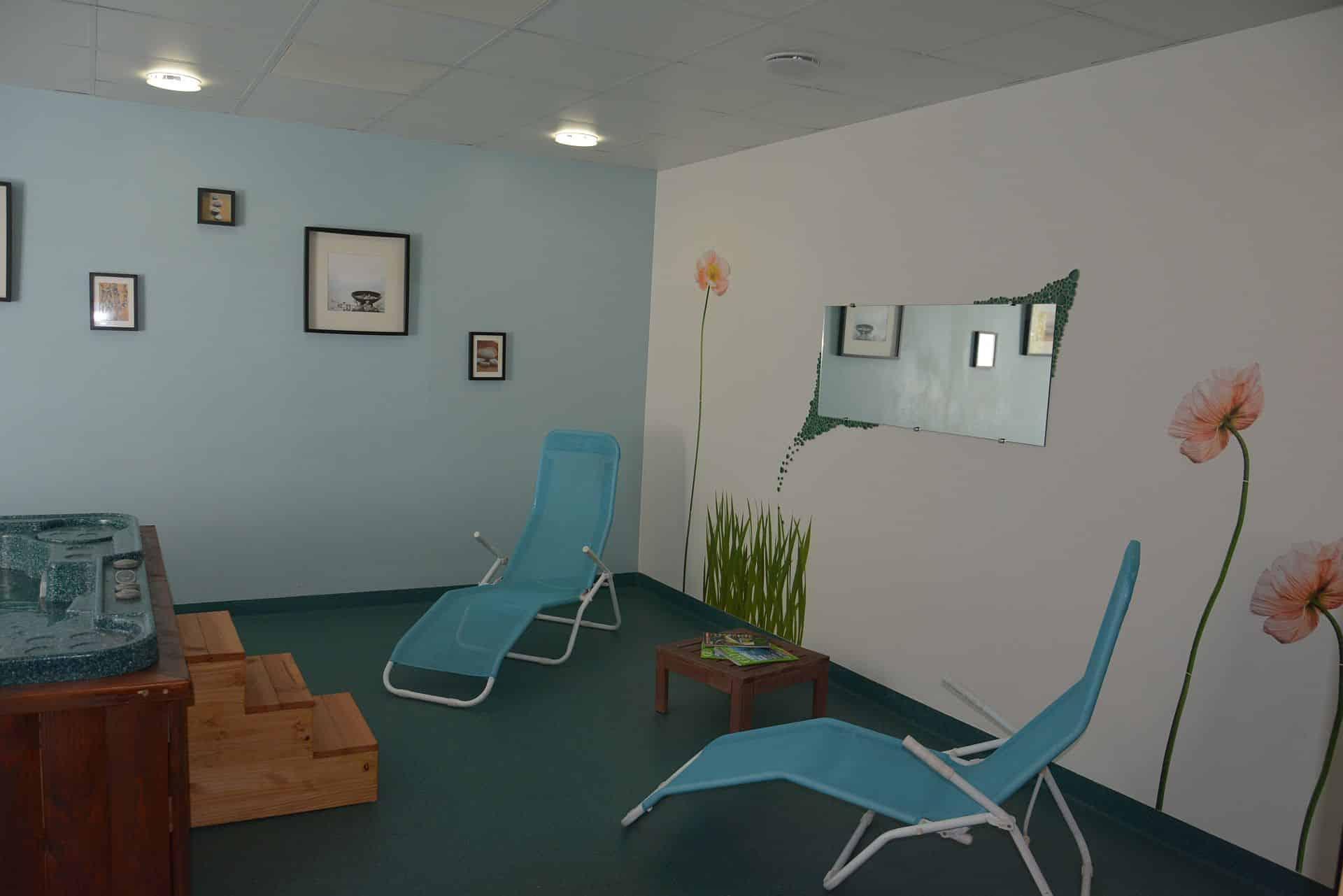 Spa et sauna les forges d enfalits chambre d 39 h te g te - Chambre d hote couleur bois et spa ...